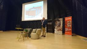 Arkadiusz Krześniak, Business Manager at Ruukki Polska, presented façade cladding solutions.