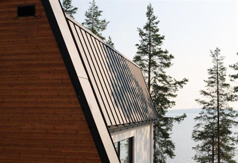 Classic-standing-seam-roof-02