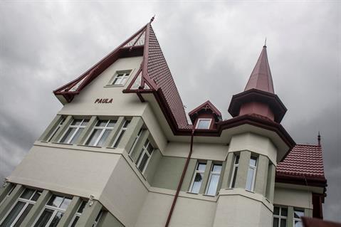 Strešná krytina RUUKKI FINNERA  na vile Paula oživila vzhľad vily